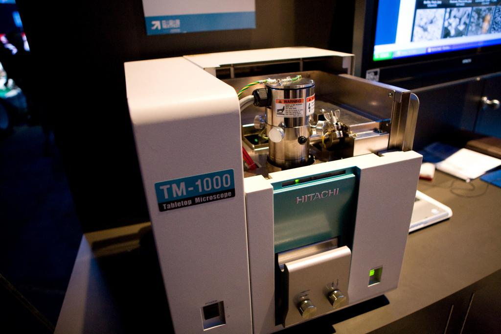 Hitachi TM-1000 Electron Microscope