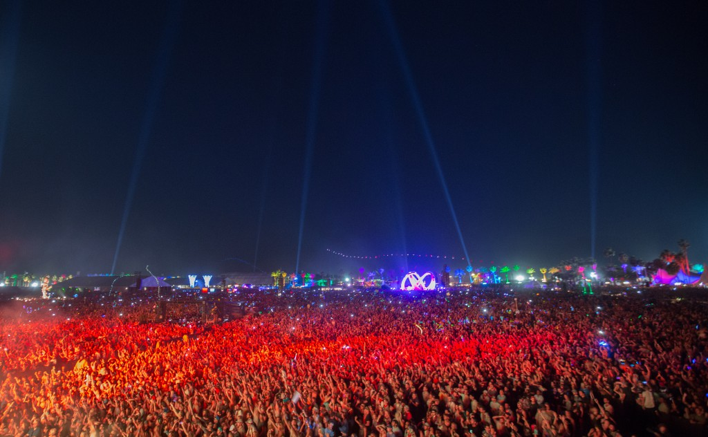 Main Stage Crowd in Red