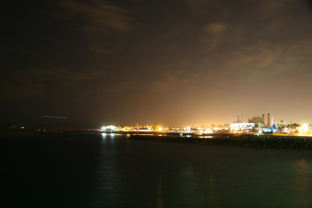 redondo harbor long exposure